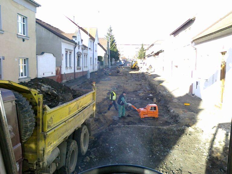 Rekonstrukce ulice Pod turnovskou tratí - Hloubětín
